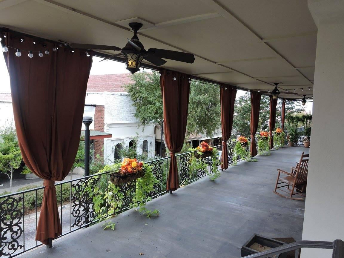 Balcony View of the Valley in VIcksburg, The Valley Properties in Vicksburg MS, Modern Luxury Living
